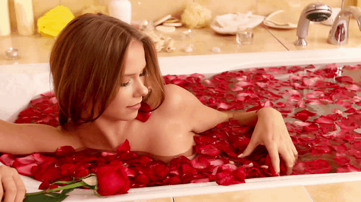 benefits of rose water bath taking women