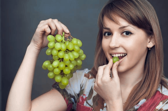 tasty health benefits of grapes