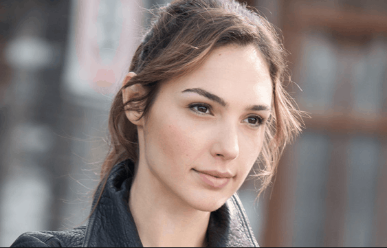 sexy and beautiful gal gadot images