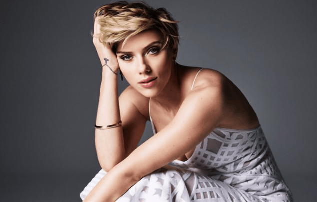 sexy figure of scarlett johansson images and pics